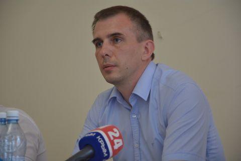 Олег Даперко