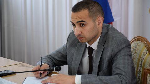 Виталий Оганесян