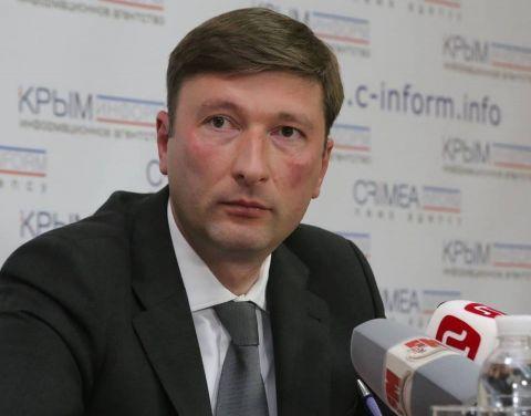 Заур Смирнов