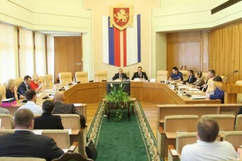 В крымском парламенте обсудили законопроект «Об административных правонарушениях в Республике Крым»