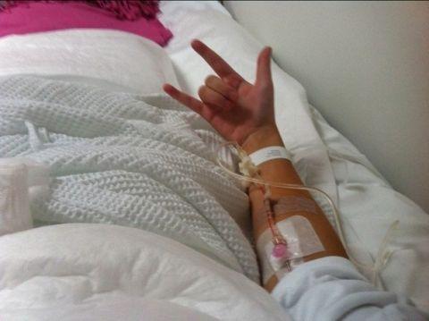 Фото на аву для девушек в больнице