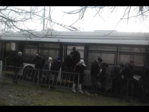 В Симферополе на ходу загорелся троллейбус