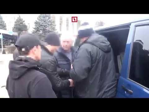 Появилось видео задержания Казурина