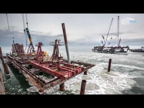 Минтранс обещает строителям Крымского моста ледоколы
