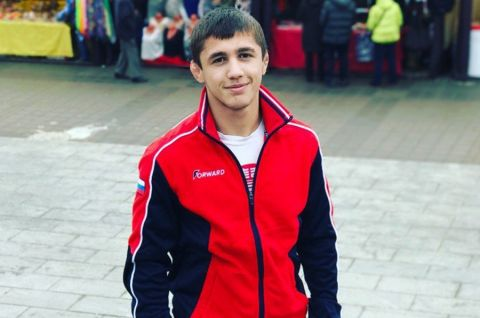 Симферополец Эмин Сефершаев – победитель первенства России по греко-римской борьбе среди юниоров!