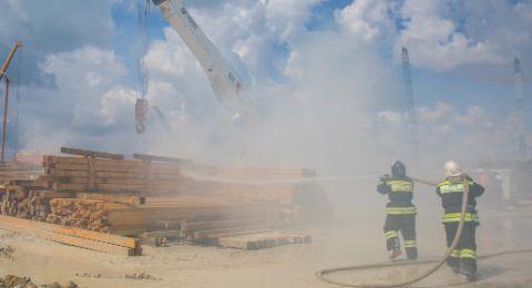 МЧС и строители потушили учебный пожар на Крымском мосту