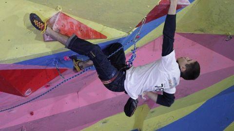 Ялтинский скалолаз Владислав Шевченко первенствовал на соревнованиях в Красноярске
