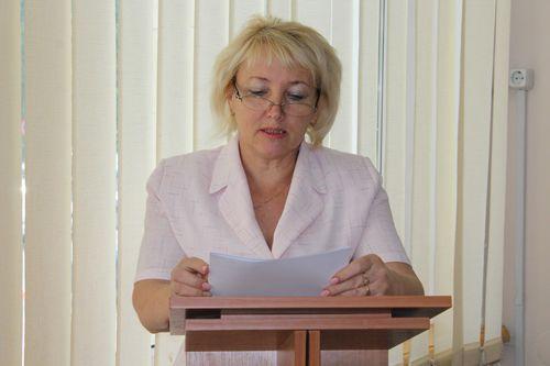 Светлана Дмитрова представила отчет о работе управления образования за текущий год