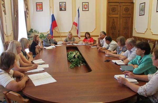 Минфин Крыма провел рабочее совещание с представителями Нижнегорского и Джанкойского районов Крыма