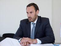 Госкомрегистр обратился в МФЦ с просьбой открыть дополнительные окна приёма документов для представителей малого и среднего бизнеса