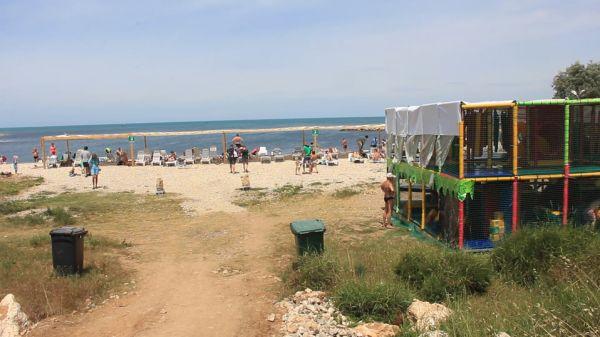 Пляжный патруль: новый «старый» пляж у Камышовой бухты обрел арендатора