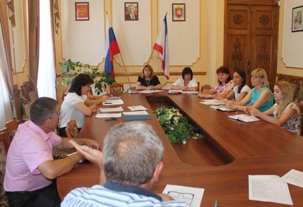 Минфин Крыма провел рабочие совещания с представителями Белогорского и Черноморского районов Крыма