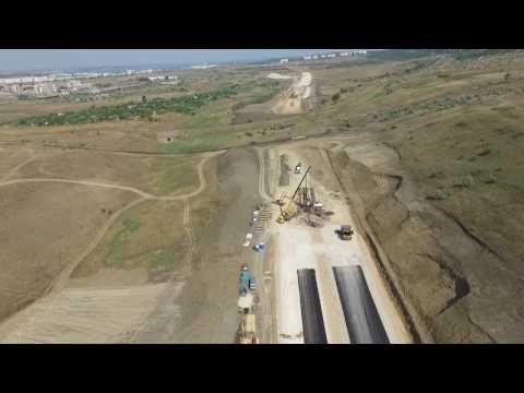Строители трассы «Таврида» заасфальтировали первые километры