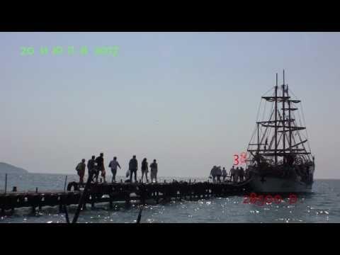 В Крыму на 12-местную яхту сажают по 60 человек