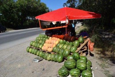В Симферополе устроили облаву на арбузы