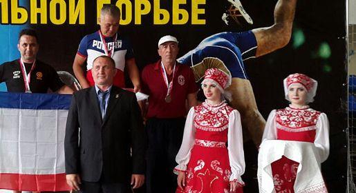 Симферополец стал призёром чемпионата России по вольной борьбе среди ветеранов