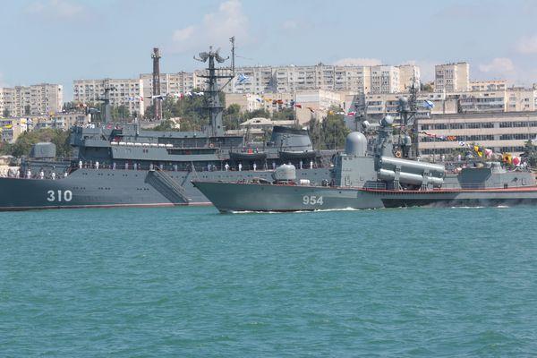Подлодка «Краснодар» возвращается вСевастополь