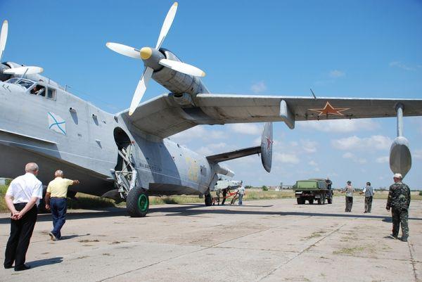 Под крылом самолёта: чем живет «Евпаторийский авиаремонтный завод»