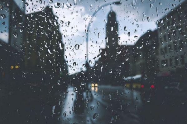 Сегодня во 2-ой половине дня ожидаются ливень, гроза иград