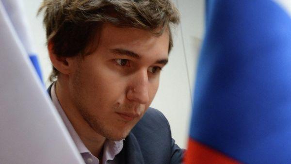 Карякин иКаспаров сыграли вничью впервом раунде турнира вСент-Луисе