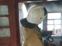 Огнеборцы ГКУ РК «Пожарная охрана Республики Крым» отстояли жилой дом от огня