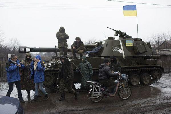 Ваэропорту «Харьков» задержали 2 управляющих  отдела милиции  поподозрению вовзяточничестве