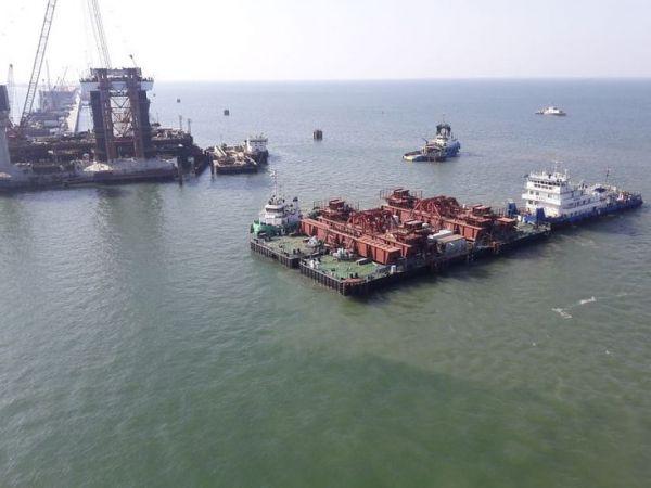 Минтранс введет резервные окна для монтажа Крымского моста