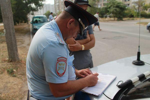В Евпатории сотрудники ГИБДД заботятся о «Детской безопасности»