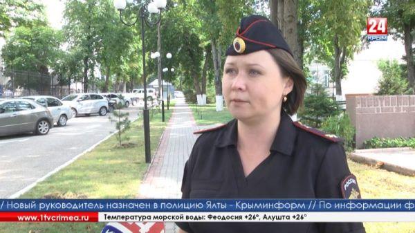 Сотрудники МВД проверят информацию о незаконных очередях в крымских МФЦ