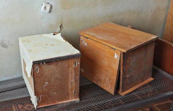 Аксёнов подарит экс-ректору КФУ старую тумбочку из общежития