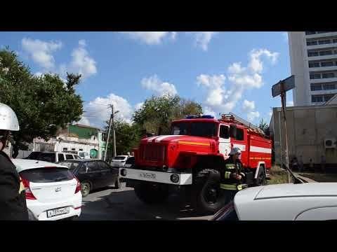 В Севастополе машину МЧС не пропускали к месту пожара в многоэтажке