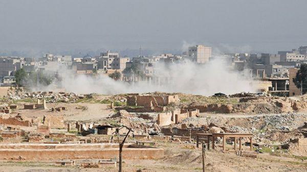 Сирийские войска прорвали позиции ИГ* на главном южном въезде в Дейр-эз-Зор