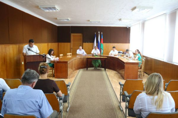 В Красноперекопске прошло расширенное аппаратное совещание.