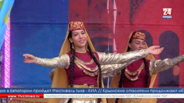 Районный фестиваль крымскотатарской культуры и творчества «Дервиза» собрал жителей из разных уголков полуострова