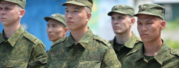 Более 2 тысяч крымчан и севастопольцев отправятся на военную службу этой осенью