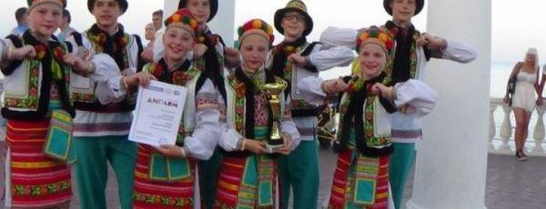 Ялтинские «Черноморочки» отметили 30-летний юбилей