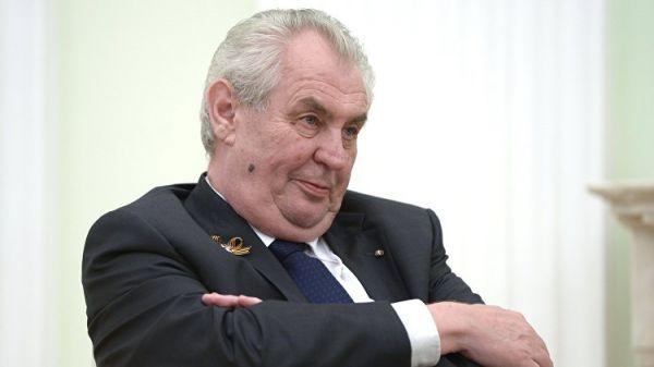 Политолог о заявлении Земана: компенсация за Крым – это довольно странно