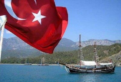 Турция не будет пускать к себе корабли из Крыма