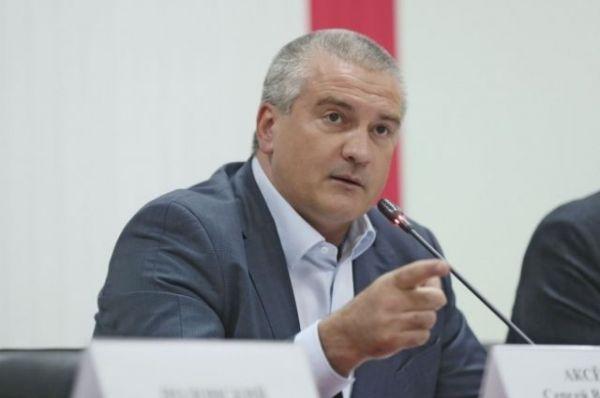 Аксенов прокомментировал предложение Порошенко провести референдум в Крыму