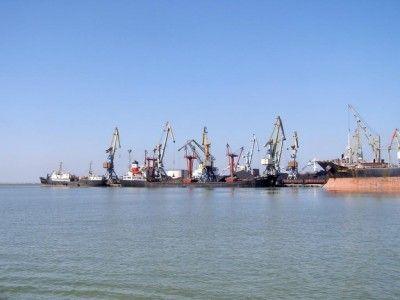Бердянский порт потерял треть грузов из-за Крымского моста