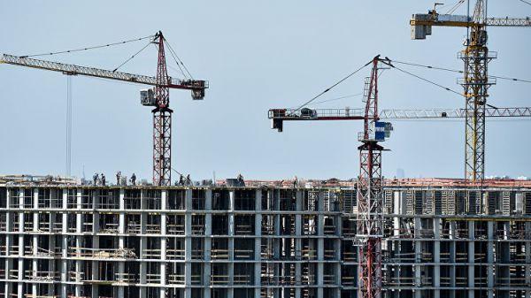 На стройках в Крыму не хватает 10 тысяч рабочих