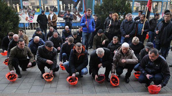 Сотрудники украинских шахт готовятся кзабастовкам из-за ситуации сзарплатами