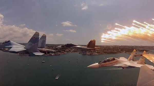 Истребители поколения «4+» Су-30СМ поступили навооружение ЗВО