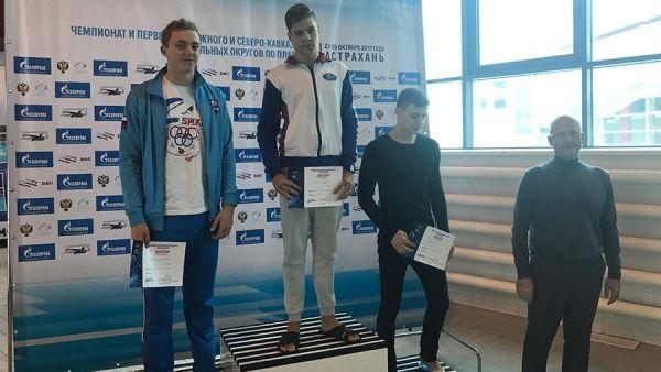 Симферопольский пловец Виталий Леонов завоевал две медали на соревнованиях в Астрахани