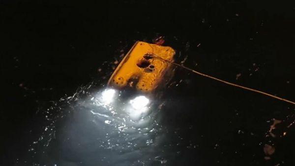 """Запуск """"Фалькона"""" для обследования упавшего в море у Шпицбергена Ми-8"""