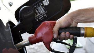 На крымских АЗС продают топливо с переизбытком серы
