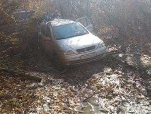Спасатели вытащили автомобиль из Симферопольского водохранилища