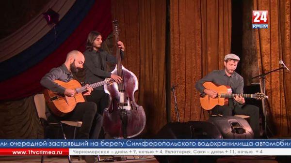 Благотворительный концерт итальянской группы «Accordi Disaccordi» прошёл в Гвардейском