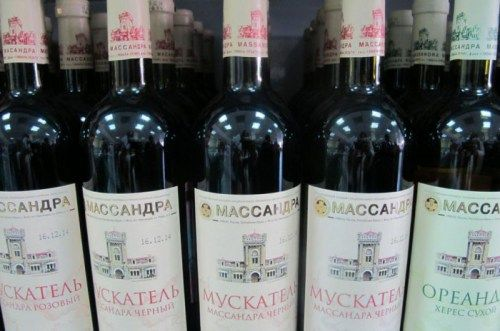 В Крыму хотят, чтобы винодельческая продукция отделилась от водки
