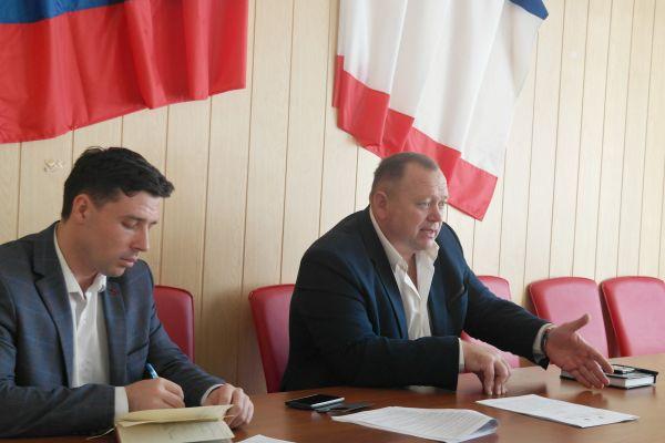 Валерий Драч принял участие в рабочем совещании с представителями администраций городов Евпатория, Саки, Сакского и Черноморского районов